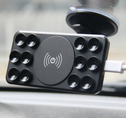 Беспроводная зарядка для телефона в авто на присосках