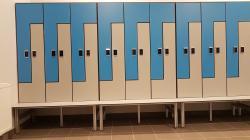 Шкафчики и шкафы спортивные для раздевалок и бассейнов