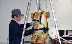Испытание каната веревки