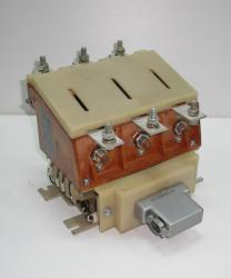Контакторы вакуумные КВТ 1,14 на токи 160А, 250А, 400А