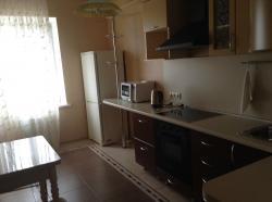 Сдам 1-комнатную квартиру 36 м², посуточно