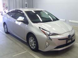 Продам Toyota Prius, 2018