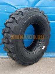 Передние шины 12.5 80-18 экскаватора-погрузчика.