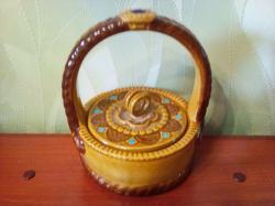 Лукошко из керамики для хранения мелочей.
