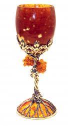 Бокал из янтаря Виноград