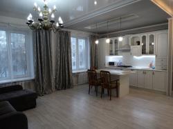 Сдам 2-комнатную квартиру 50 м², посуточно