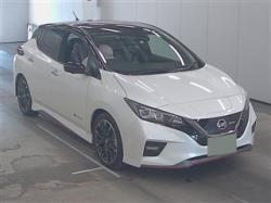 Продам Nissan Leaf, 2018