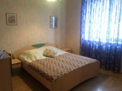 Сдам 3-комнатную квартиру 90 м², посуточно
