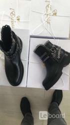 Ботинки новые lestrosa италия кожа 39 черные внутри
