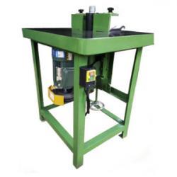 Фрезерный станок по дереву 2.2 кВт, размер рабочего стола...