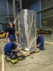 Защитная металлизированная пленка для упаковки оборудования ...