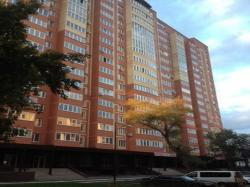 Сдам 2-комнатную квартиру 65 м², посуточно