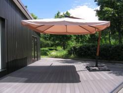 Зонт с боковой опорой 3х3 м