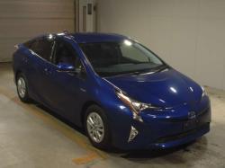 Продам Toyota Prius, 2017