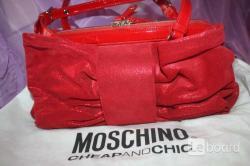 Сумка moschino италия красная замша натуральная лазерная