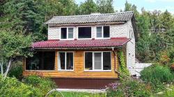 Продам дом 100 м², на участке 15 сот.