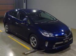 Продам Toyota Prius, 2013