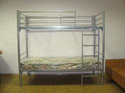 В гостиницы и хостелы кровати металлические